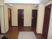 4 комнаты 140 м.кв.,  м.Горького 9/9 этажного,  цена 80000 у.е.