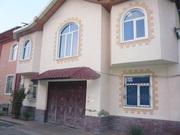 Дом 2 этажа,  8 комнат,  3 санузла,  4 сотоки. Яккасарайский 180000